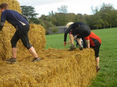 b2ap3_thumbnail_Jules-and-Alex-Hay-Bales.jpg